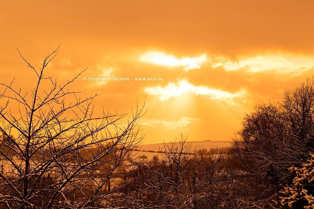 Coucher de-soleil et neige Stéphane Thirion province de Luxembourg