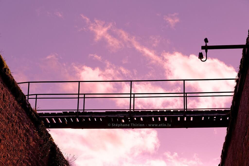 Passerel et ciel mauve Stephane Thirion étix photographe paysage
