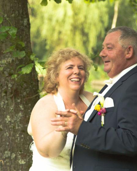Prix photographe de mariage Virton Arlon Florenville Habay Aubange Luxembourg